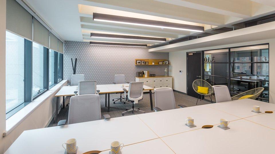 A 10 desk serviced office