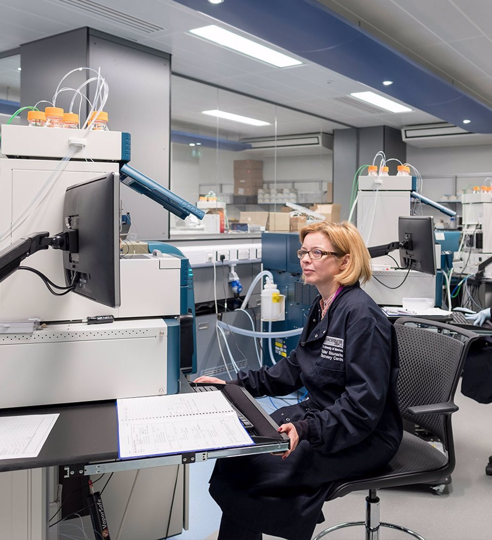 A woman working in a lab at CityLabs 1.0